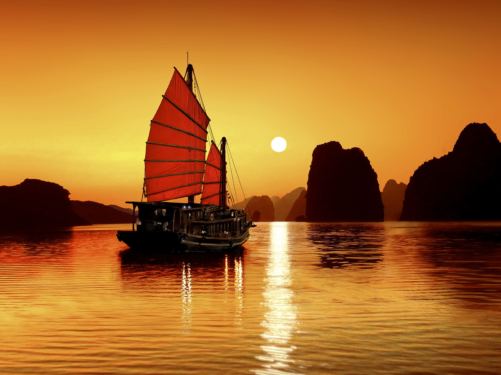 Emotion Cruise in Ha Long Bay 2Day 1Night