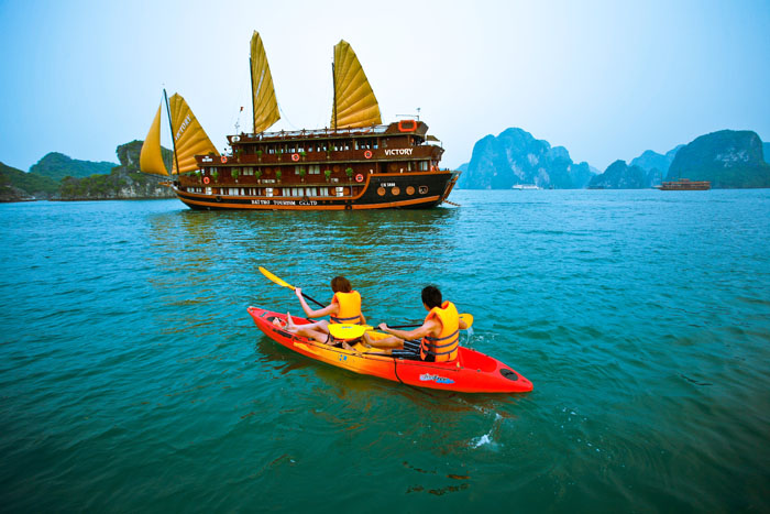 Ha Long Bay 2Days 1 Night - Overnight on boat Phoenix Cruiser